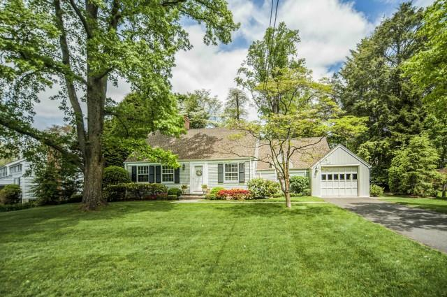 Single Family Home for Sale at 6 TYLER DRIVE Darien, Connecticut,06820 United States