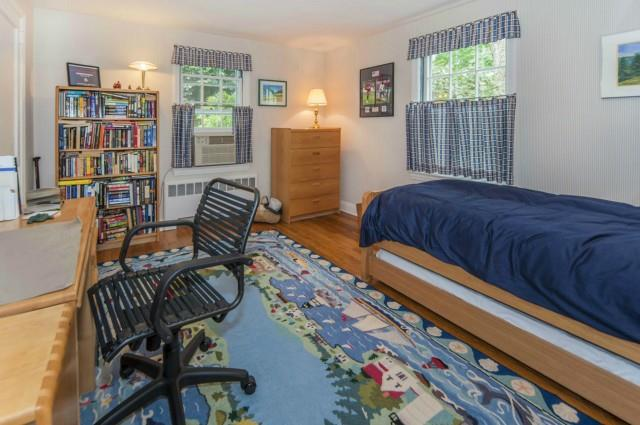 Additional photo for property listing at 6 TYLER DRIVE  Darien, Connecticut,06820 United States