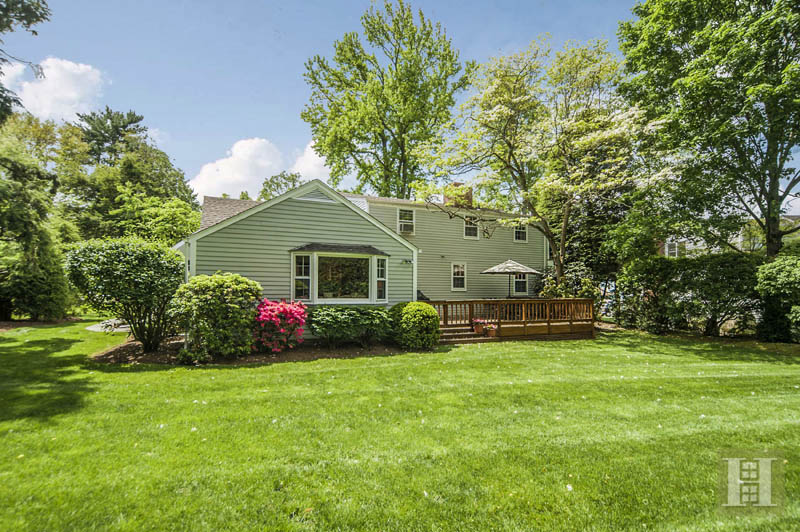 Additional photo for property listing at 6 TYLER DRIVE  Darien, Connecticut,06820 Estados Unidos