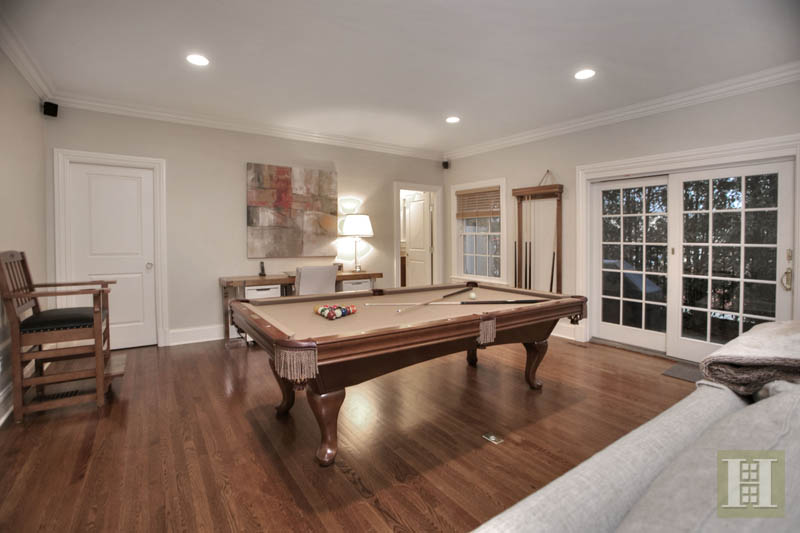 Additional photo for property listing at 2 MAPLE STREET  New Canaan, Connecticut,06840 Amerika Birleşik Devletleri