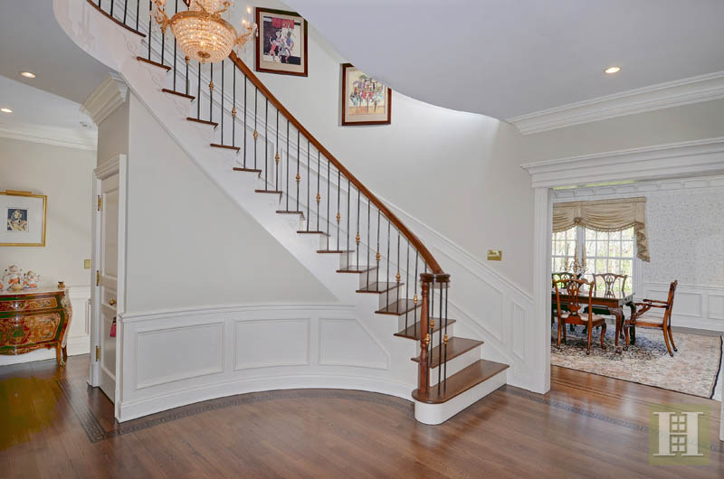 Additional photo for property listing at 31 DEACONS WAY  New Canaan, Connecticut,06840 Vereinigte Staaten