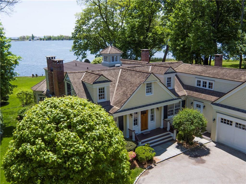 Nhà ở một gia đình vì Bán tại 9 SEAGATE ROAD Darien, Connecticut,06820 Hoa Kỳ