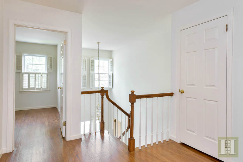 Additional photo for property listing at 143 EAST AVENUE  New Canaan, Connecticut,06840 Vereinigte Staaten