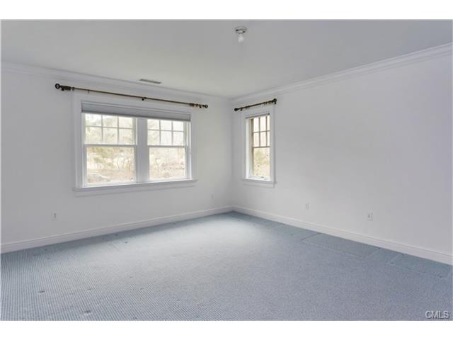 Additional photo for property listing at 22 DRIFTWAY LANE  Darien, 코네티컷,06820 미국