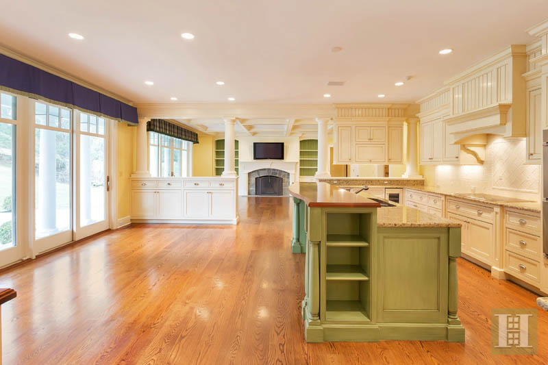 Additional photo for property listing at 22 DRIFTWAY LANE  Darien, Connecticut,06820 États-Unis