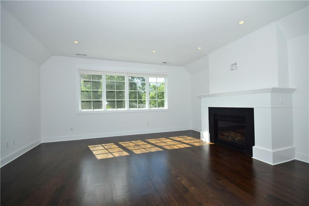 Additional photo for property listing at 48 KENSETT LANE  Darien, コネチカット,06820 アメリカ合衆国