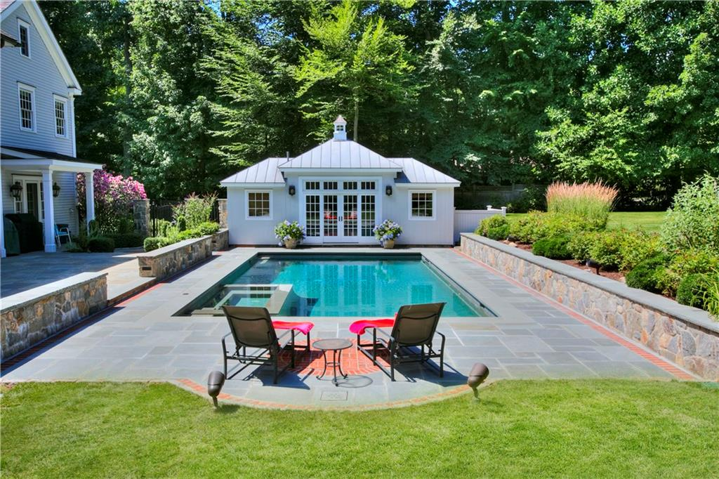 Additional photo for property listing at 40 BLUEBERRY LANE  Darien, コネチカット,06820 アメリカ合衆国
