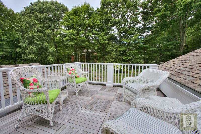 Additional photo for property listing at 22 LINDA LANE  Darien, Connecticut,06820 États-Unis