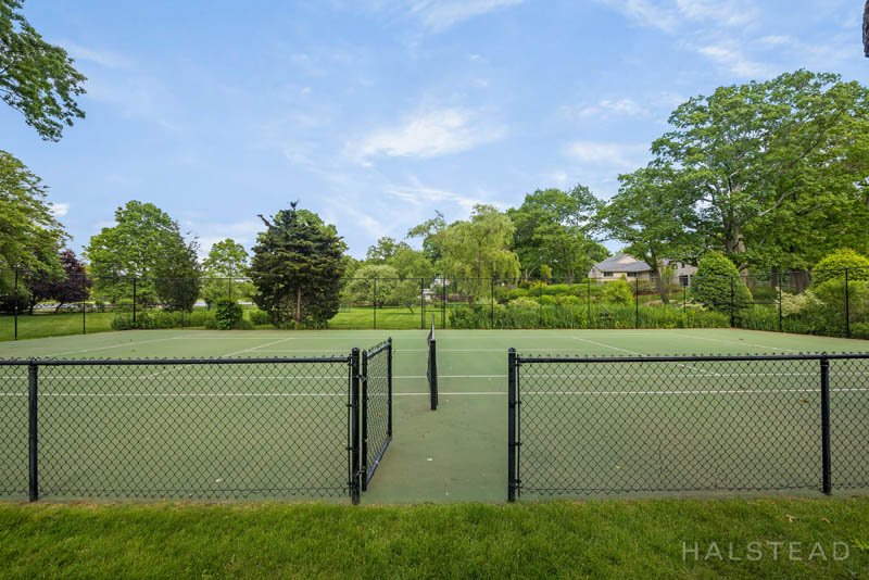 Additional photo for property listing at 42 CONTENTMENT ISLAND ROAD  达连湾, 康涅狄格州,06820 美国