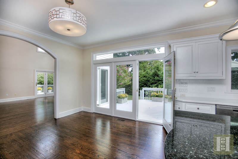 Additional photo for property listing at 5 BATES FARM LANE  Darien, Connecticut,06820 Stati Uniti