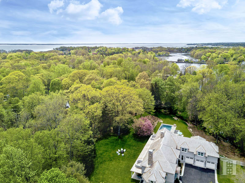 Additional photo for property listing at 11 SUNSWYCK ROAD  Darien, Connecticut,06820 United States