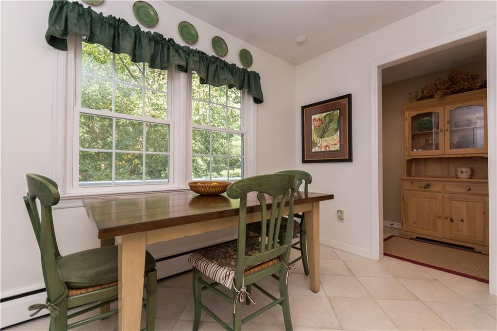 Additional photo for property listing at 283 BUTTERY ROAD  New Canaan, Коннектикут,06840 Соединенные Штаты