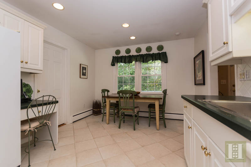 Additional photo for property listing at 283 BUTTERY ROAD  New Canaan, Connecticut,06840 États-Unis