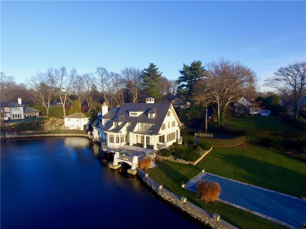 Additional photo for property listing at 26 SEARLES ROAD  Darien, Connecticut,06820 Verenigde Staten