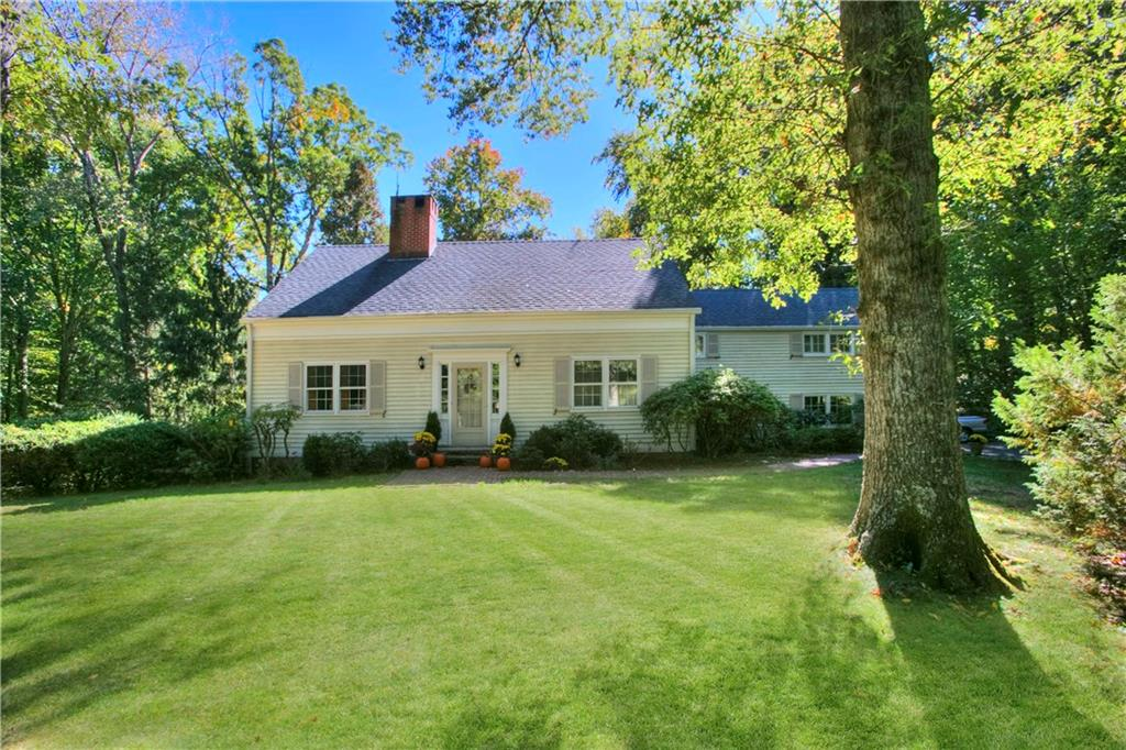 Casa Unifamiliar por un Venta en 154 INDIAN WATERS DRIVE New Canaan, Connecticut,06840 Estados Unidos