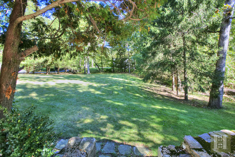 Additional photo for property listing at 154 INDIAN WATERS DRIVE  New Canaan, Connecticut,06840 États-Unis