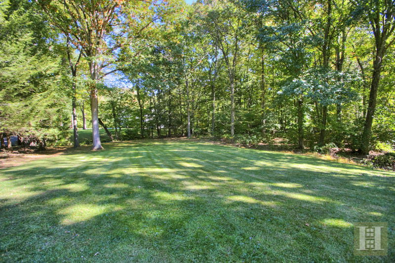 Additional photo for property listing at 154 INDIAN WATERS DRIVE  New Canaan, Connecticut,06840 Stati Uniti
