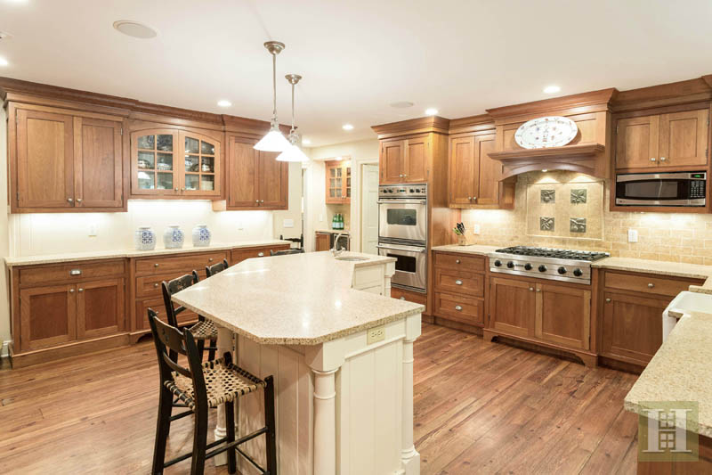 Additional photo for property listing at 9 SHERRY LANE  Darien, Connecticut,06820 Verenigde Staten