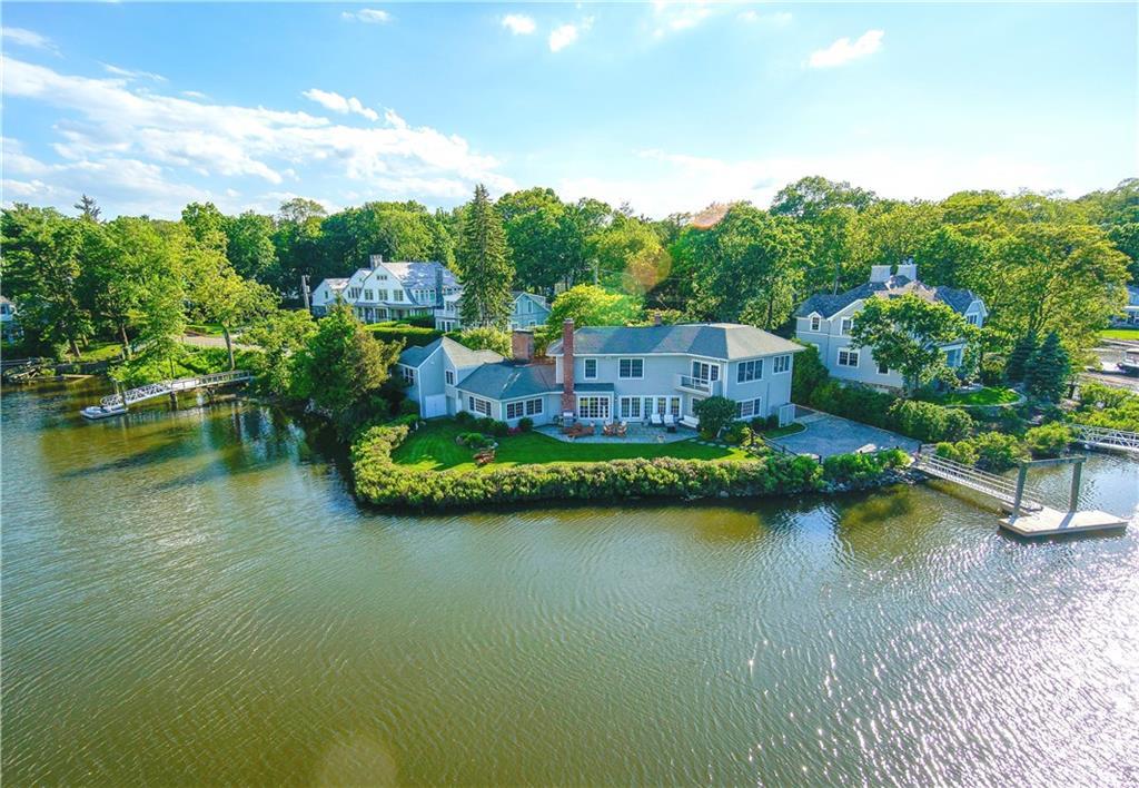 Nhà ở một gia đình vì Bán tại 61 FIVE MILE RIVER ROAD Darien, Connecticut,06820 Hoa Kỳ