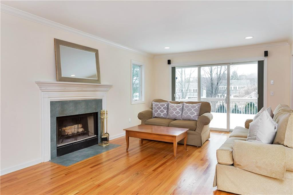 Additional photo for property listing at 84 CAMP AVENUE  Darien, 코네티컷,06820 미국