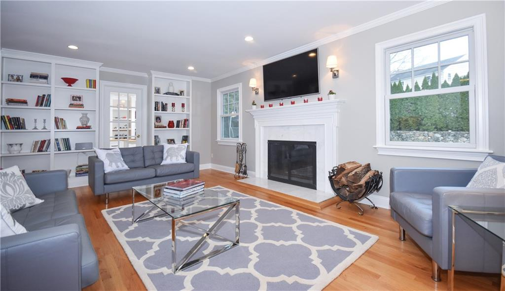 Additional photo for property listing at 10 BARRINGER ROAD  Darien, Connecticut,06820 Verenigde Staten