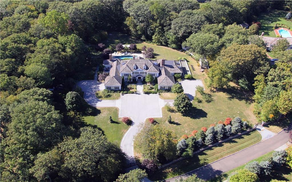 Single Family Home for Sale at 260 LUKES WOOD ROAD New Canaan, Connecticut,06840 United States