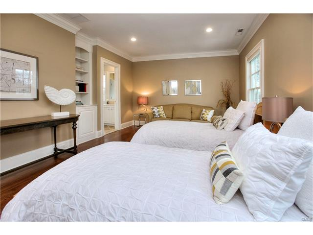 Additional photo for property listing at 113 GOWER ROAD  New Canaan, コネチカット,06840 アメリカ合衆国