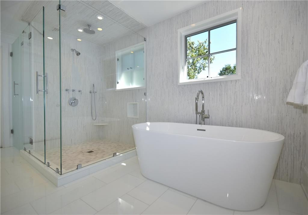 Additional photo for property listing at 315 NOROTON AVENUE  Darien, コネチカット,06820 アメリカ合衆国