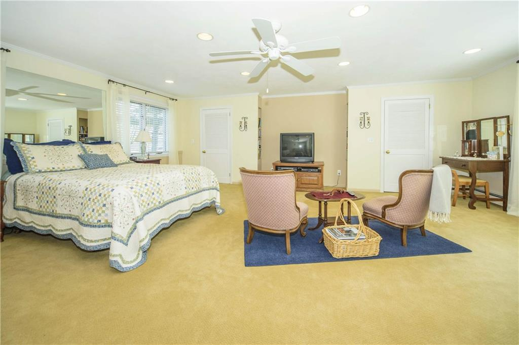 Additional photo for property listing at 40 SHADOW LANE  New Canaan, Connecticut,06840 Estados Unidos