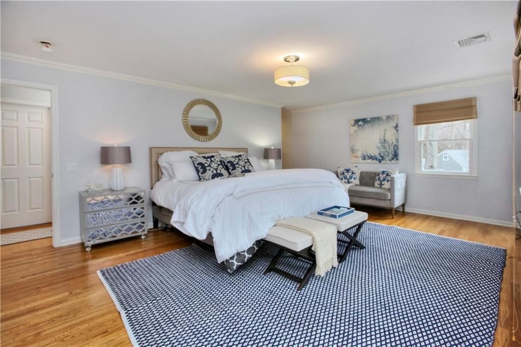 Additional photo for property listing at 9 PATRICIA LANE  Darien, Connecticut,06820 Hoa Kỳ