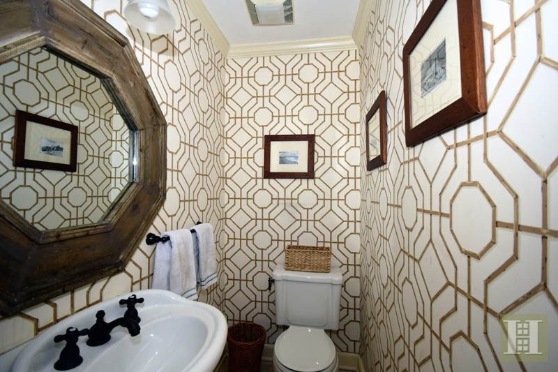 Additional photo for property listing at 15 WINDING LANE  达连湾, 康涅狄格州,06820 美国