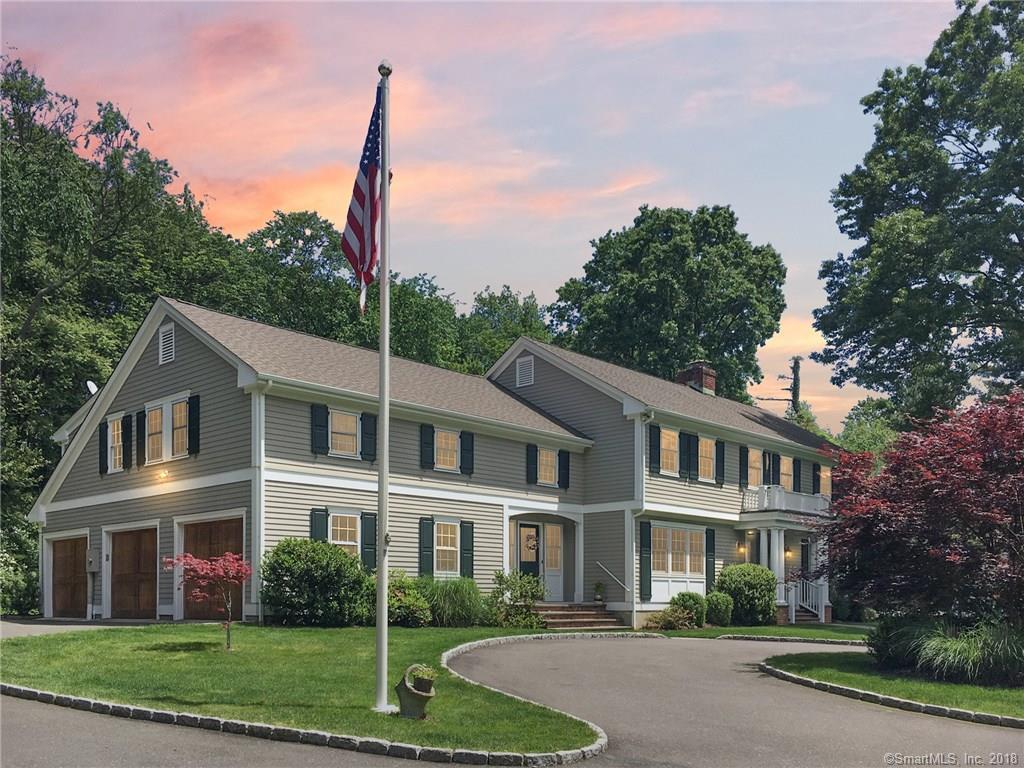 Casa para uma família para Venda às 390 MIDDLESEX ROAD Darien, Connecticut,06820 Estados Unidos