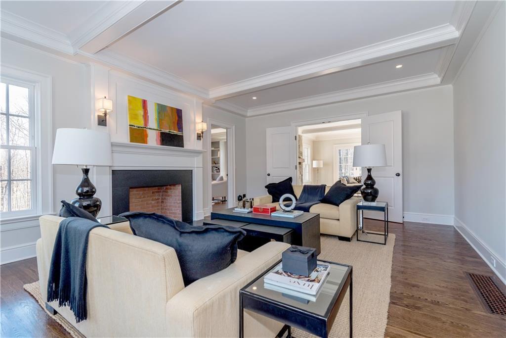 Additional photo for property listing at 674 CARTER STREET  New Canaan, Коннектикут,06840 Соединенные Штаты