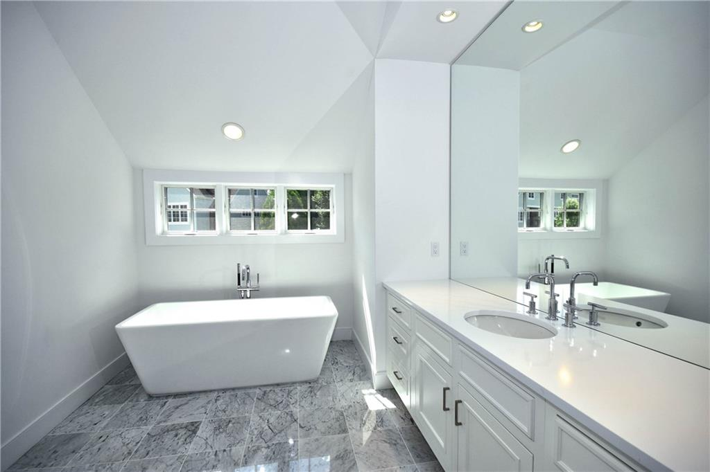 Additional photo for property listing at 73 KENSETT LANE  Darien, 康涅狄格州,06820 美國