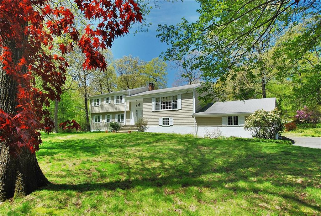 Additional photo for property listing at 154 SOUTH BALD HILL ROAD  New Canaan, Connecticut,06840 Stati Uniti