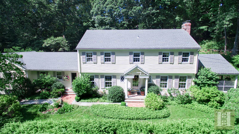 Casa Unifamiliar por un Venta en 61 SHERWOOD LANE New Canaan, Connecticut,06840 Estados Unidos