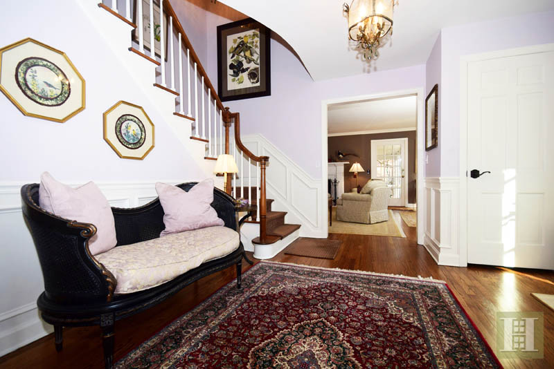 Additional photo for property listing at 61 SHERWOOD LANE  New Canaan, Connecticut,06840 Estados Unidos