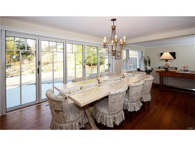 Additional photo for property listing at 61 SHERWOOD LANE  New Canaan, Connecticut,06840 États-Unis