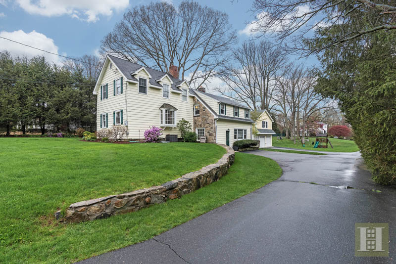 Additional photo for property listing at 327 JELLIFF MILL ROAD  New Canaan, Connecticut,06840 Estados Unidos