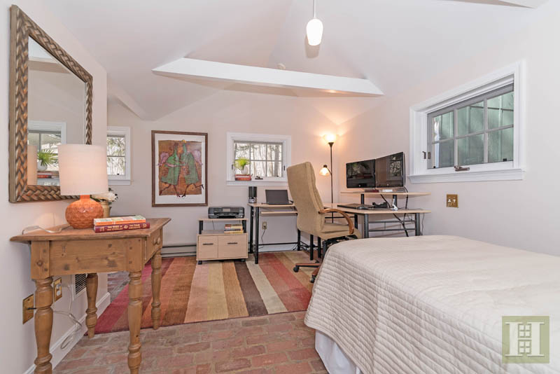 Additional photo for property listing at 7 VALLEY LANE  New Canaan, Connecticut,06840 Hoa Kỳ