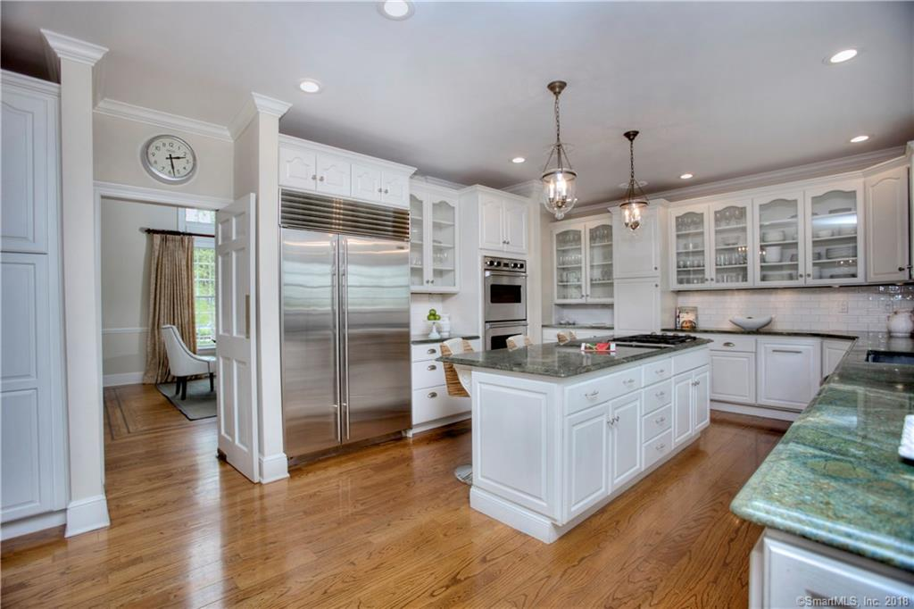 Additional photo for property listing at 366 MANSFIELD AVENUE  Darien, コネチカット,06820 アメリカ合衆国