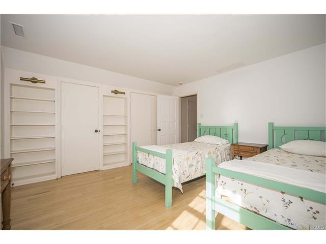 Additional photo for property listing at 21 TOKENEKE TRAIL  Darien, Κονεκτικατ,06820 Ηνωμενεσ Πολιτειεσ